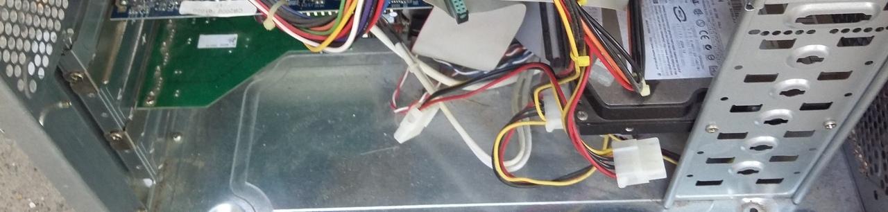 használt számítógép hdd, kábelek