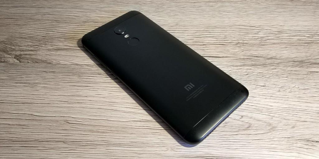 Xiaomi Redmi 5 Plus hátlap