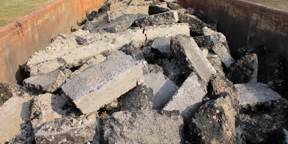 A megmaradt építőanyag mellett az építési törmelék is értékes lehet